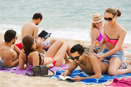 comment-séduire-des-filles-à-la-plage